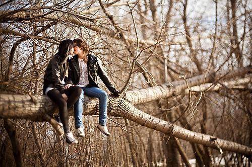 beijo-casal-cute-kiss-love-Favim.com-284094_large
